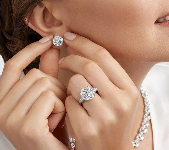 Скупка украшений с бриллиантами