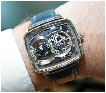 Скупка часов Hautlence | Займ под часы